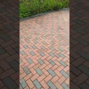 High Qaulity pressure cleaning & sealing done by leaf 2 leaf landscapes in Terenure Co.Dublin